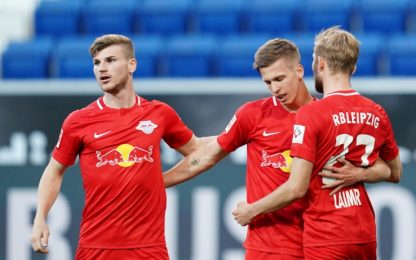 Doppietta di Dani Olmo e Lipsia a -1 dal Dortmund