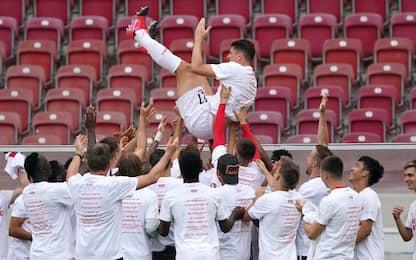 Lo Stoccarda torna in Bundesliga, suicidio Amburgo