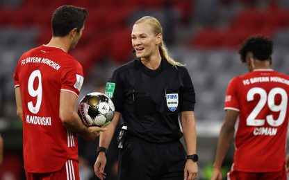 Bayern-Borussia, la Steinhaus primo arbitro donna