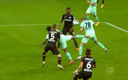 Lazaro, che gol! Lo scorpione dell'ex Inter. VIDEO