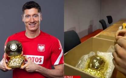 Lewandowski, un Pallone d'Oro dai tifosi. VIDEO