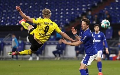 Schalke-Dortmund 0-4, pazzesco gol di Haaland