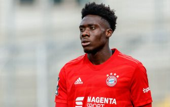 MUNICH, GERMANY - SEPTEMBER 22: Alphonso Davies of FC Bayern Muenchen II looks on during the 3. Liga match between Bayern Muenchen II and FC Ingolstadt at Stadion an der Gruenwalder Straße on September 22, 2019 in Munich, Germany. (Photo by TF-Images/Getty Images)