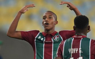 Brazil's Fluminense Joao Pedro (R) celebrates after scoring the fourth goal against Colombia's Atletico Nacional during the Copa Sudamericana football match at Maracana stadium in Rio de Janeiro, Brazil, on May 23, 2019. (Photo by CARL DE SOUZA / AFP)        (Photo credit should read CARL DE SOUZA/AFP/Getty Images)