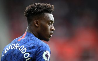 SOUTHAMPTON, ENGLAND - OCTOBER 06:  Callum Hudson-Odoi of Chelsea looks on during the Premier League match between Southampton FC and Chelsea FC at St Mary's Stadium on October 06, 2019 in Southampton, United Kingdom. (Photo by Julian Finney/Getty Images)