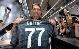 Buffon, ufficiale il ritorno alla Juventus
