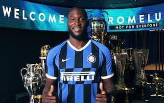 Inter, Lukaku nella sala trofei