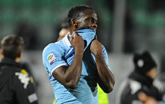 French forward of SS Lazio, Louis Saha, shows his dejection during the Italian Serie A soccer match AC Siena vs SS Lazio at Artemio Franchi-Montepaschi Arena in Siena, Italy, 18 February 2013.