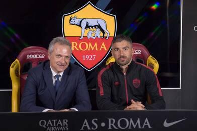 Roma, ufficiale il rinnovo di Kolarov fino al 2021