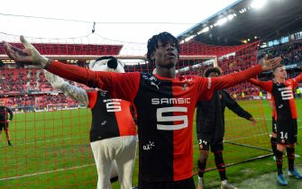 Rennes' French midfielder Eduardo Camavinga (L) acknowledges Rennes' supporters after their victory in the French L1 Football match between Stade Rennais Football Club and SC Amiens, on November 10, 2019, at the Roazhon Park, in Rennes, northwestern France. (Photo by JEAN-FRANCOIS MONIER / AFP) (Photo by JEAN-FRANCOIS MONIER/AFP via Getty Images)
