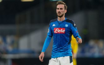 NAPLES, ITALY - FEBRUARY 25: (BILD ZEITUNG OUT) Fabian Ruiz of SSC Napoli Looks on during the UEFA Champions League round of 16 first leg match between SSC Napoli and FC Barcelona at Stadio San Paolo on February 25, 2020 in Naples, Italy. (Photo by Harry Langer/DeFodi Images via Getty Images)