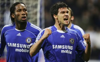 BOLTON, UNITED KINGDOM - NOVEMBER 29:  Michael Ballack (R) of Chelsea celebrates scoring his team's first goal with team mate Didier Drogba during the Barclays Premiership match between Bolton Wanderers and Chelsea at The Reebok Stadium on November 29, 2006 in Bolton, England. (Photo by Ross Kinnaird/Getty Images)