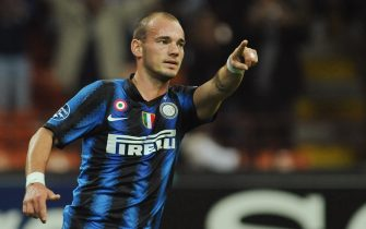 MILAN, ITALY - SEPTEMBER 29:  Wesley Sneijder of FC Internazionale Milano celebrates his goal during the UEFA Champions League group A match between FC Internazionale Milano and SV Werder Bremen at Stadio Giuseppe Meazza on September 29, 2010 in Milan, Italy.  (Photo by Valerio Pennicino/Getty Images)