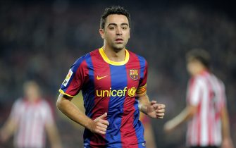 Barcelona's midfielder Xavi Hernandez gestures during the Spanish King's Cup (Copa del Rey) football match Barcelona FC vs Athletic Bilbao on December 21, 2010 at the Camp Nou stadium in Barcelona.    AFP PHOTO/ JOSEP LAGO (Photo credit should read JOSEP LAGO/AFP via Getty Images)
