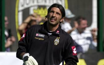 19 Jul 2001:   New signing Gianluigi Buffon of Juventus takes part in pre-season training in Chatillon, Italy.  DIGITAL IMAGE. Mandatory Credit: Grazia Neri/ALLSPORT