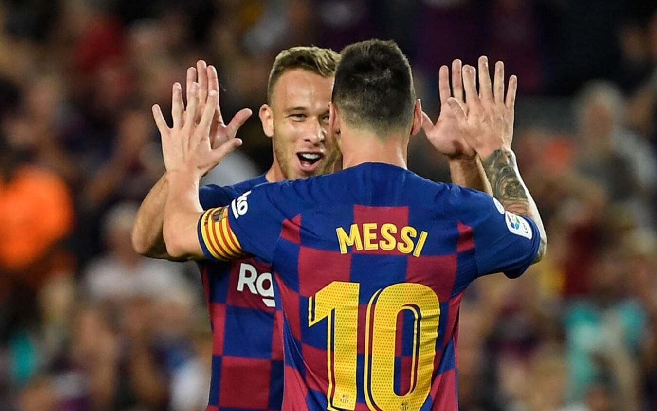 Arthur e Leo Messi