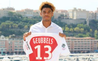 AS Monaco's French forward Willem Geubbels poses with his jersey   during a presentation of the club's new players on August 20, 2018, at the Hotel Hermitage in Monaco. (Photo by VALERY HACHE / AFP)        (Photo credit should read VALERY HACHE/AFP/Getty Images)