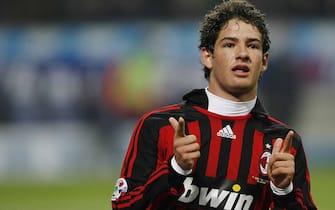 2008012- MILANO  SPR - CALCIO: MILAN -NAPOLI. L'esultanza di PAtp per il gol del 5 a 2 rossonero. DANIEL DAL ZENNARO/ANSA