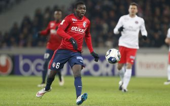 LILLE, FRANCE - FEBRUARY 3: Adama Traore of Lille in action during the French League Cup (Coupe de la Ligue) match between Lille OSC (LOSC) and Paris Saint-Germain (PSG) at Grand Stade Pierre Mauroy on February 3, 2015 in Lille, France. (Photo by Jean Catuffe/Getty Images)