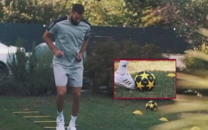 Benzema si allena... col pallone della Juve. VIDEO