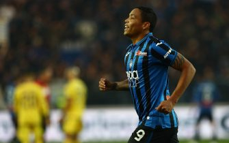 BERGAMO, ITALY - DECEMBER 07:  Luis Muriel of Atalanta BC celebrates his goal during the Serie A match between Atalanta BC and Hellas Verona at Gewiss Stadium on December 7, 2019 in Bergamo, Italy.  (Photo by Marco Luzzani/Getty Images)