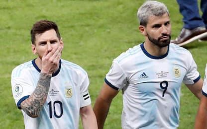Messi al City? Aguero toglie il '10' da Instagram