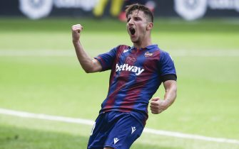 Enis Bardhi of Levante celebrates after scoring the 1-2 during the La Liga match between RCD Espanyol and Levante UD at RCDE Stadium on June 20, 2020 in Barcelona, Spain.