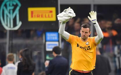 Handanovic rinnova con l'Inter: firma fino al 2022