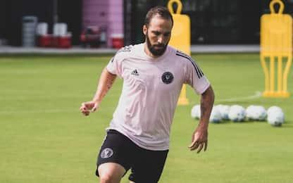 """L'Inter Miami annuncia Higuain: """"Sono motivato"""""""