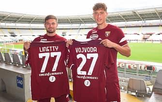 Torino FC, presentazione dei nuovi giocatori Linetty e Vojvoda