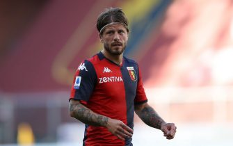 GENOA, ITALY - JULY 12: Danish midfielder Lasse Schone of Genoa CFC during the Serie A match between Genoa CFC and  SPAL at Stadio Luigi Ferraris on July 12, 2020 in Genoa, Italy. (Photo by Jonathan Moscrop/Getty Images)