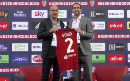 """Godin: """"Cagliari scelta di cuore. Aspetto Radja"""""""