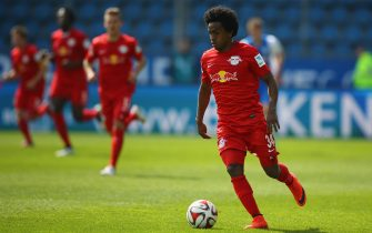 BOCHUM, GERMANY - APRIL 12:  Yordy Reyna of Leipzig runs with the ball during the Second Bundesliga match between VfL Bochum and RB Leipzig at Rewirpower Stadium on April 12, 2015 in Bochum, Germany.  (Photo by Christof Koepsel/Bongarts/Getty Images)