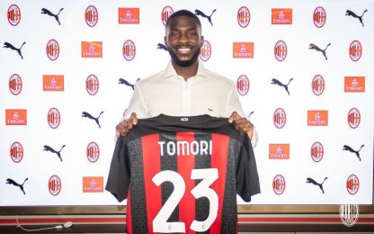 Tomori-Milan, è ufficiale: in panca con l'Atalanta