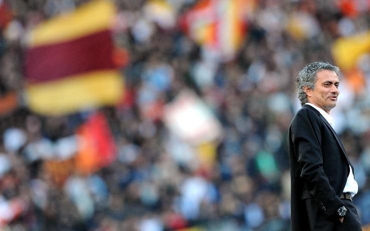 """Mourinho alla Roma, i tifosi in delirio: """"Diventeremo grandi, grazie Friedkin!"""""""