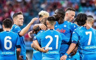 Team of SSC Napoli celebrate a goal during the Pre-Season Friendly match between Wisla Krakow and SSC Napoli at City Stadium in Krakow.(Final score; Wisla Krakow 1:2 SSC Napoli) - Mikolaj Barbanell / SOPA Images//SOPAIMAGES_SOPA014146/2108141206/Credit:SOPA Images/SIPA/2108141210