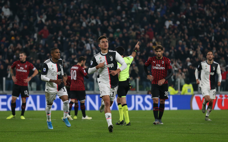 Dybala festeggia il gol contro il Milan