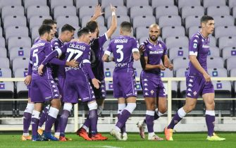 Fiorentina's midfielder Gaetano Castrovilli celebrates with his teammates after scoring during the Italian Serie A soccer match between ACF Fiorentina and Udinese Calcio at the Artemio Franchi stadium in Florence, Italy, 25 October 2020ANSA/CLAUDIO GIOVANNINI