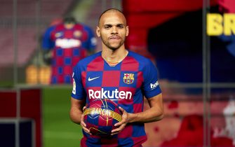 BARCELONA, SPAIN - FEBRUARY 20:  Martin Braithwaite of FC Barcelona poses for the media during his unveiling at Camp Nou on February 20, 2020 in Barcelona, Spain. (Photo by Pedro Salado/Quality Sport Images/Getty Images)