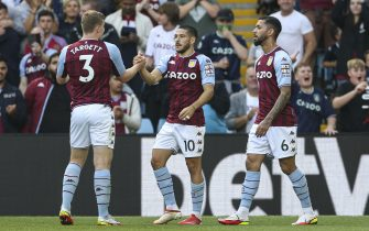 Aston Villa's Emiliano Buendia (centre) celebrates scoring their side's first goal of the game during the Premier League match at Villa Park, Birmingham. Picture date: Saturday August 28, 2021.