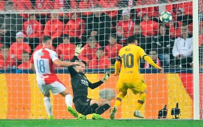 Messi come CR7 e Raul, ma che errore sotto porta!