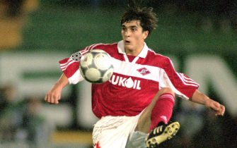 17 Oct 2000:  Artem Bezrodny of Spartak Moscow in action during the UEFA Champions League match against Sporting Lisbon at the Estadio Jose Alvalade in Lisbon, Portugal.  Spartak Moscow won the match 3-0.  Picture by Nuno Correia. \ Mandatory Credit: Allsport UK /Allsport