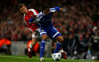 LONDON - NOVEMBER 25: Jack Wilshere of Arsenal battles for the ball with Betao of Dynamo Kiev during the UEFA Champions League Group G match between Arsenal and Dynamo Kiev at the Emirates Stadium on November 25, 2008 in London, England.  (Photo by Jamie McDonald/Getty Images)