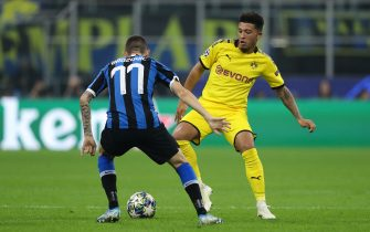 MILAN, ITALY - OCTOBER 23: Jadon Sancho of Borussia Dortmund during the UEFA Champions League group F match between FC Internazionale and Borussia Dortmund at Giuseppe Meazza Stadium on October 23, 2019 in Milan, Italy. (Photo by Matthew Ashton - AMA/Getty Images)