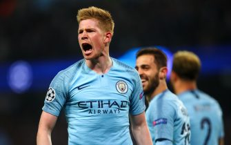 MANCHESTER, ENGLAND - APRIL 17:  Kevin De Bruyne of Manchester City celebrates during the UEFA Champions League Quarter Final second leg match between Manchester City and Tottenham Hotspur at at Etihad Stadium on April 17, 2019 in Manchester, England. (Photo by Robbie Jay Barratt - AMA/Getty Images)