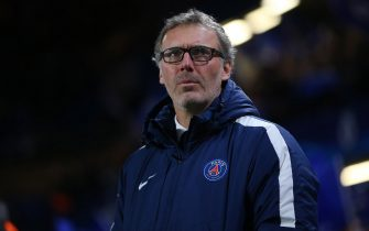 LONDON, ENGLAND - MARCH 09:  Paris Saint-Germain manager Laurent Blanc looks on during the UEFA Champions League Round of 16 Second Leg match between Chelsea and Paris Saint-Germain at Stamford Bridge on March 09, 2016 in London, England. (Photo by Ian MacNicol/Getty Images)