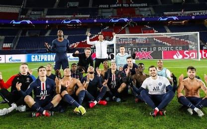 Il PSG scherza Haaland: posa zen dopo la vittoria