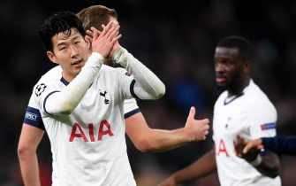 epa08027954 Heung-Min Son of Tottenham applauds fans at the end of the UEFA Champions League Group B match between Tottenham Hotspur and Olympiacos Piraeus in London, Britain, 26 November 2019.  EPA/NEIL HALL
