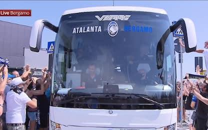 Atalanta, tifosi in festa a Bergamo. FOTO e VIDEO