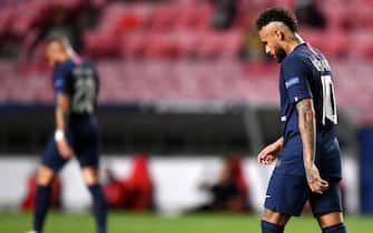 epa08620854 Neymar of PSG during the UEFA Champions League final between Paris Saint-Germain and Bayern Munich in Lisbon, Portugal, 23 August 2020.  EPA/David Ramos / POOL